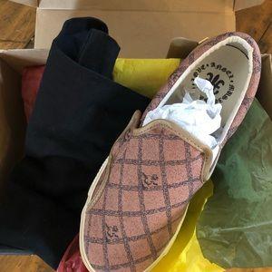 L.a.m.b Katellas Tennis Shoe New in Box Size 7